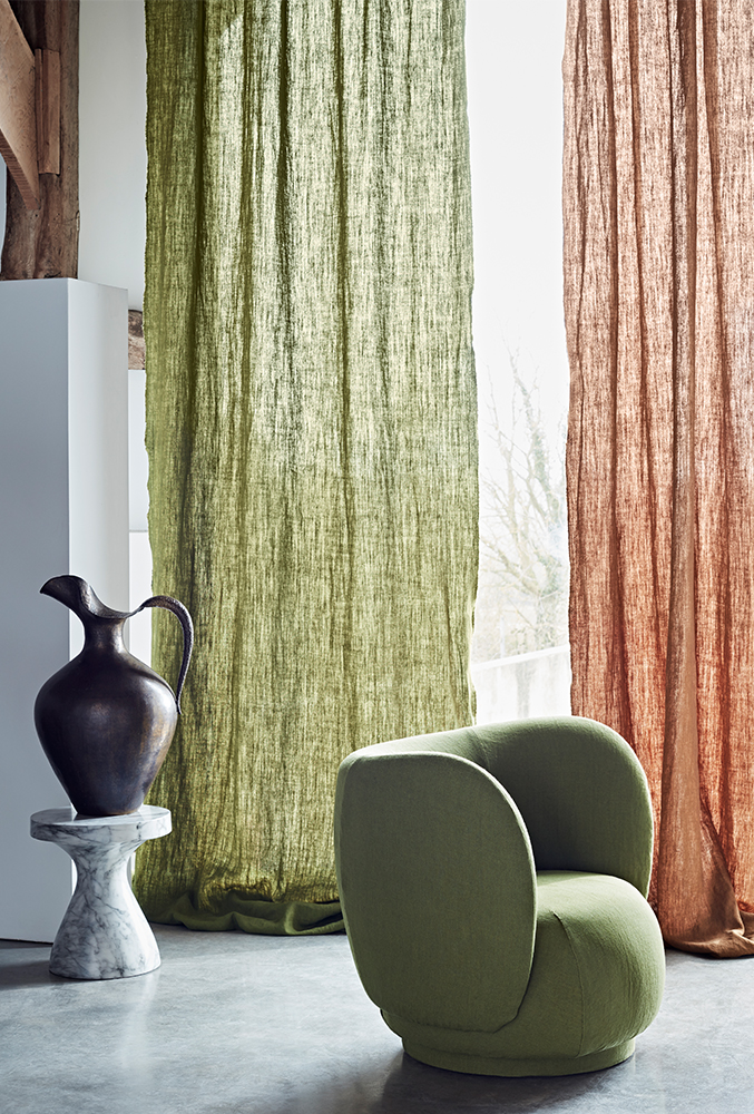 DE new collection 2020 bracken curtain setting